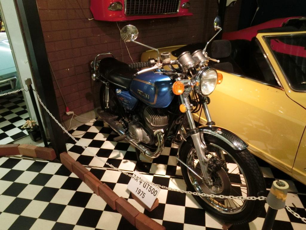 オートバイ スズキGT500